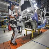Produção industrial se recupera e fecha 2017 com alta de 2,5%, aponta IBGE